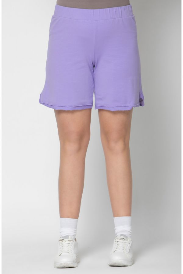 Frayed sweatshorts in lilac colour