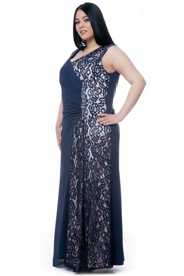 Maxi wrap dress with gatheres and lace in blue/nude colour