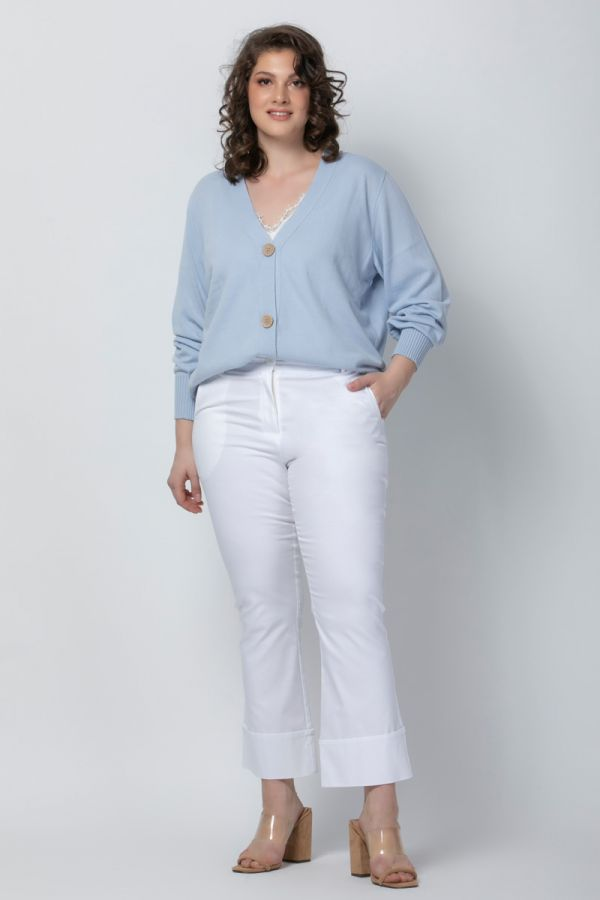 Short knit cardigan with buttons in light blue colour