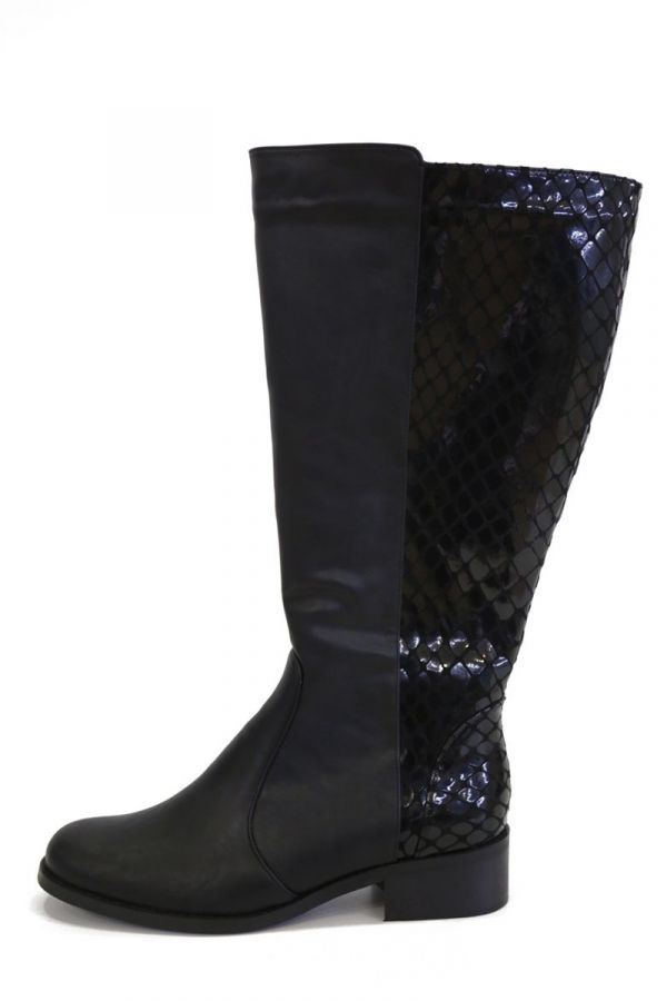 Mixed leather-like and patent boots in black colour