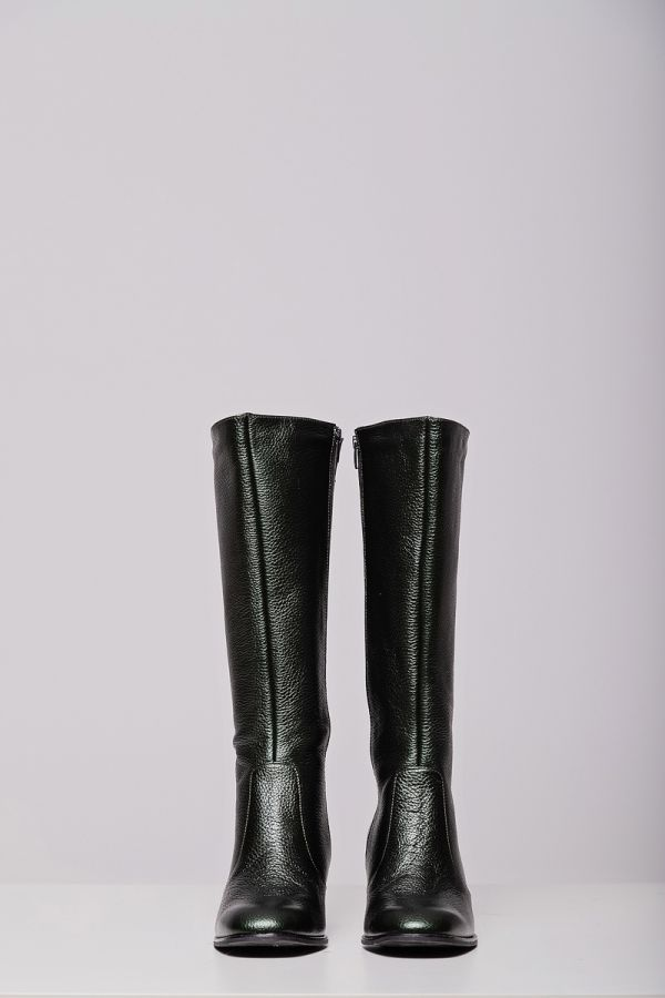 Leather-like wide calf boots in green colour