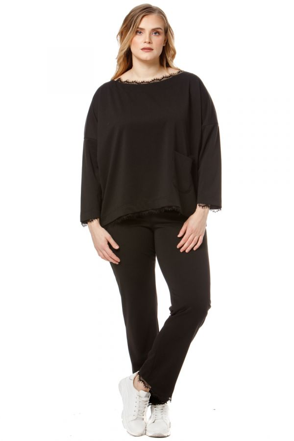 Blouse with pocket and lace details in black colour