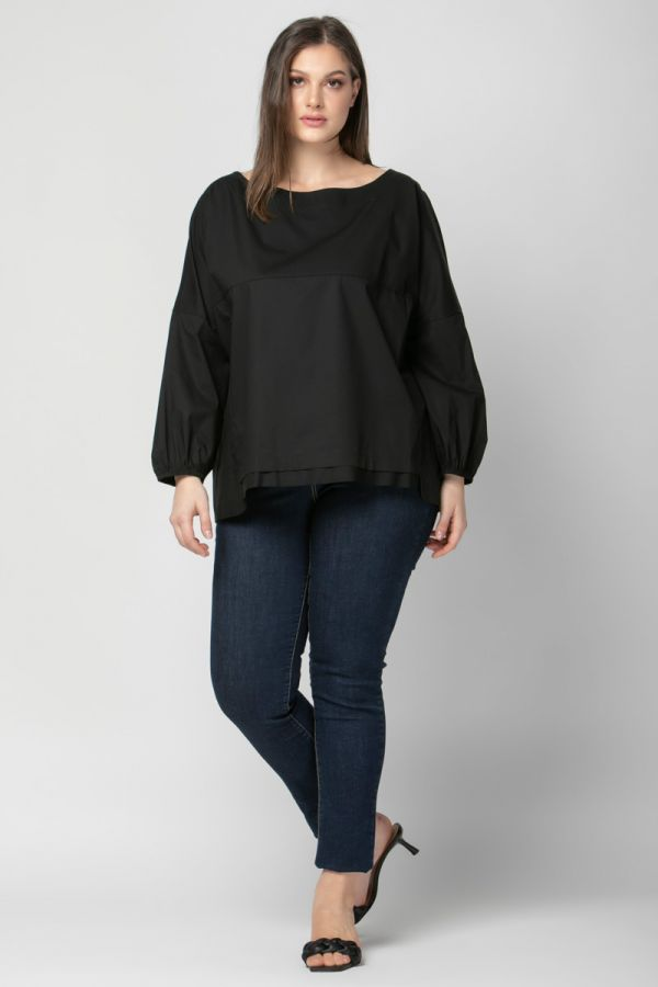 Poplin blouse with balloon sleeves in black colour