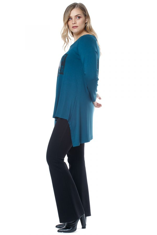 Asymmetric hem blouse with print in petrol colour