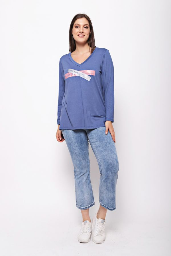 """Long sleeve top with """"Make more moves"""" print in indigo colour"""