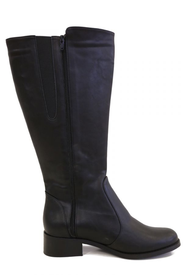 Wide calf knee-high boots with elasticated inserts in black colour