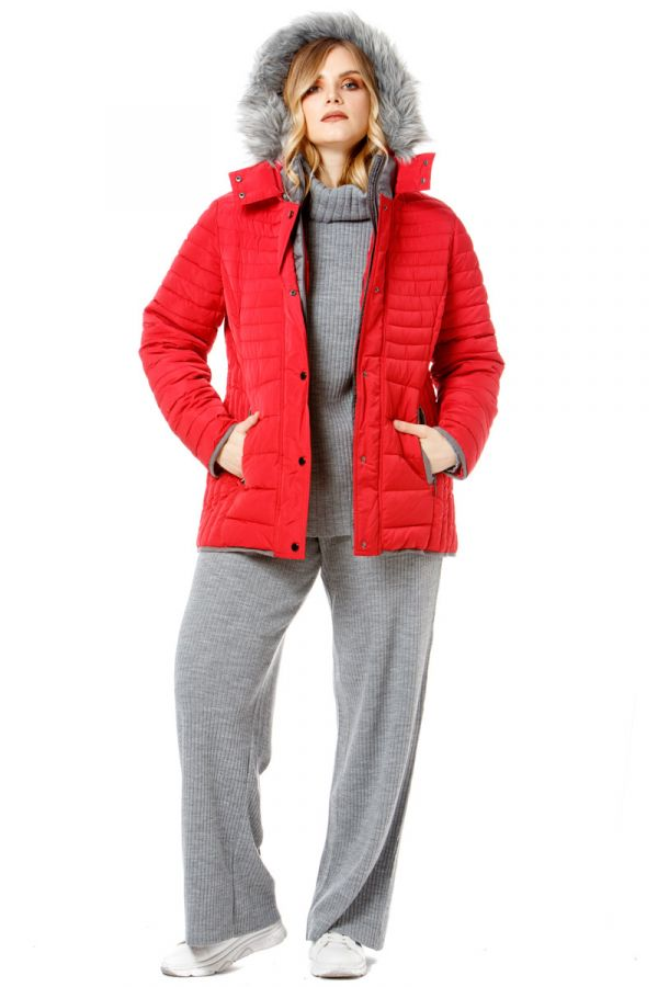 Quilted puffer with faux-fur hood in red colour