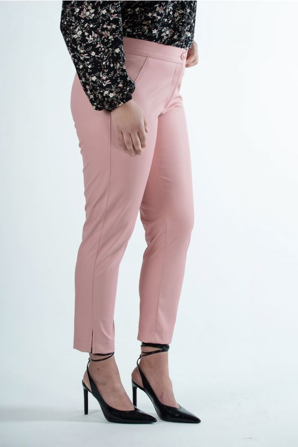 Leather-like 7/8 trousers in pink colour