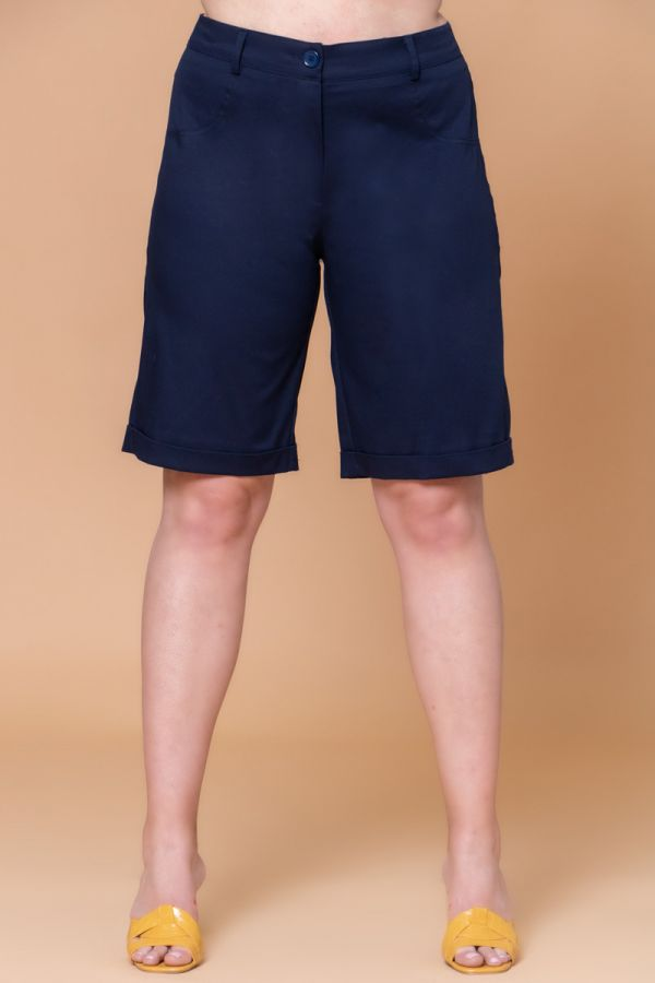 Chino long shorts in blue colour