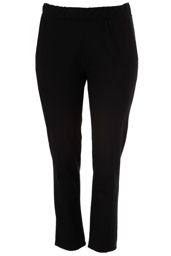 Heavy-weight tapered trousers in black colour