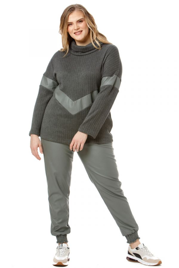 Leather-like trousers with shirred waist and cuffs in dark gray colour