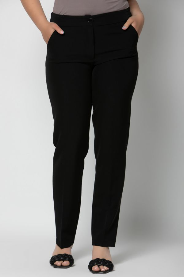 Cigarette trousers with side pockets in black colour