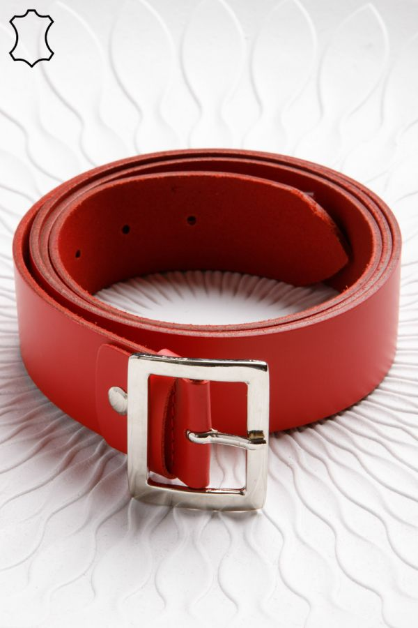 4cm leather belt with rectangular buckle in red colour