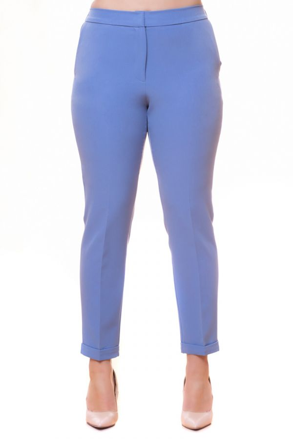 High-waisted trousers in light blue colour