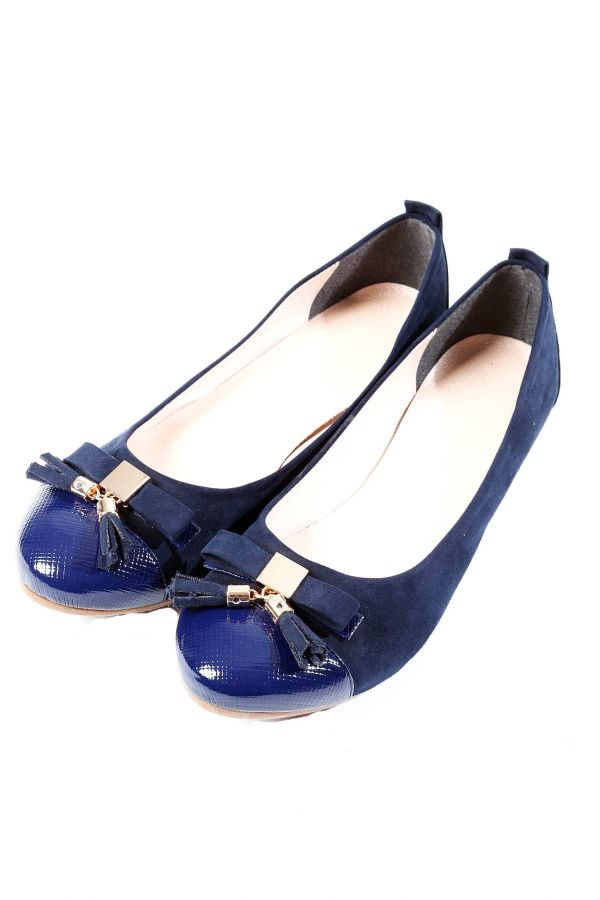 Ballet pump with a bow in blue colour