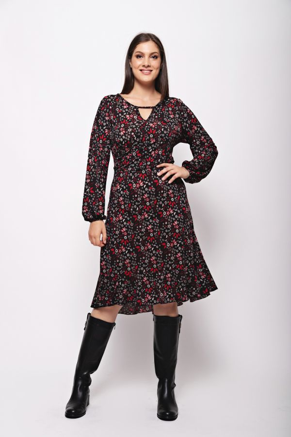 Wrap floral dress in red colour