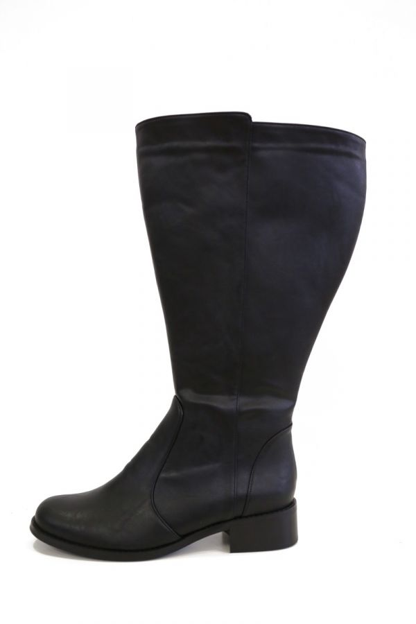Extra wide calf knee-high boots in black colour