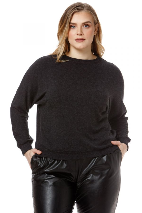 Batwing sleeve top in black colour