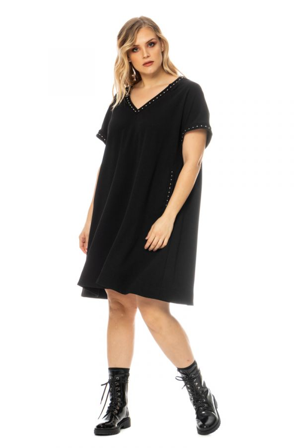 Midi t-shirt dress with studs in black colour
