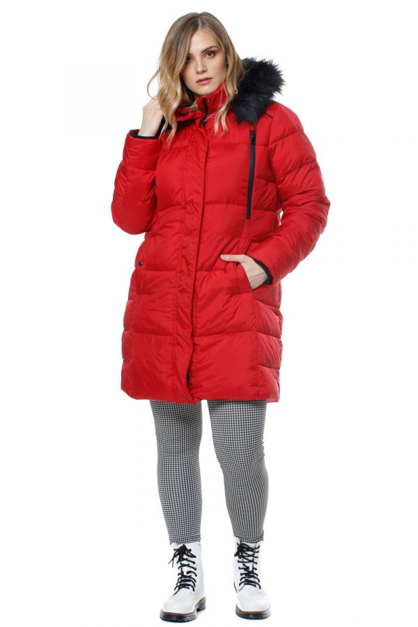 Hooded puffer jacket in red colour