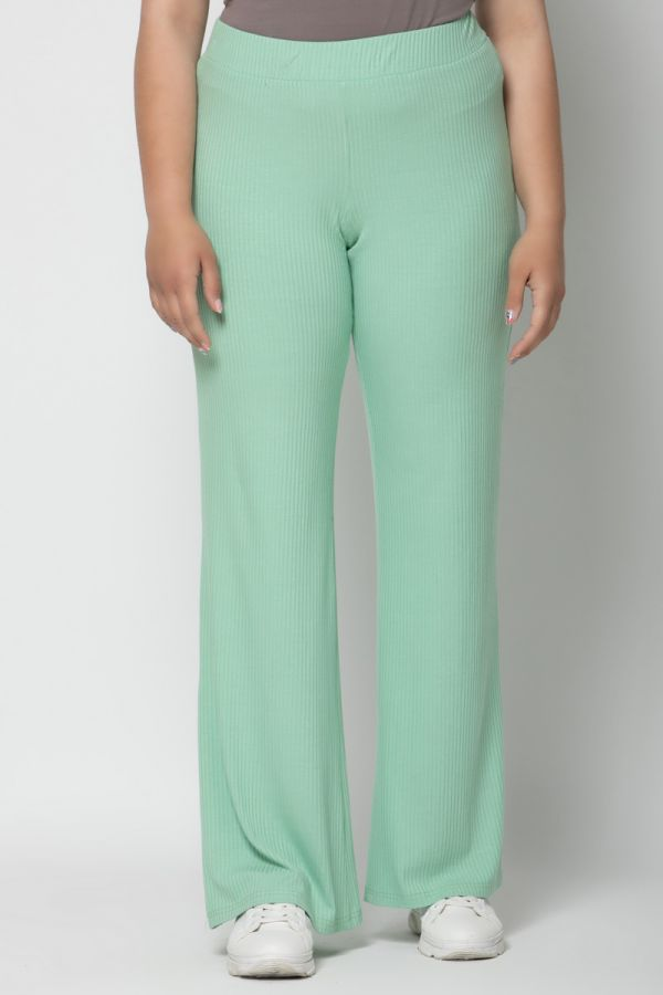 Ribbed wide leg trousers in veraman colour