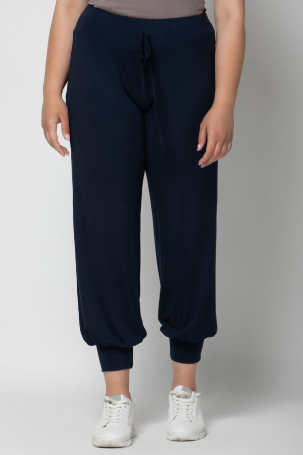 Light-weight cuffed leg joggers in blue colour