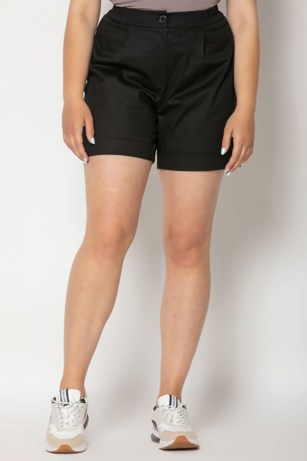 Pleated turn up shorts in black colour