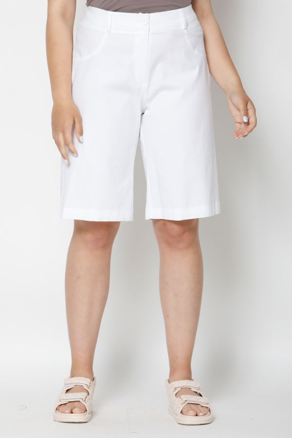 Bermuda shorts with elasticated waistband in white colour