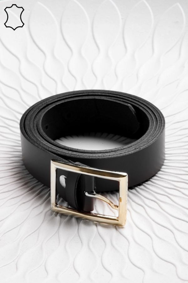 3cm leather belt with rectangular buckle in black colour